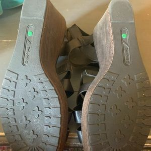 Timberland Shoes - Timberland wedge sandals new size 11